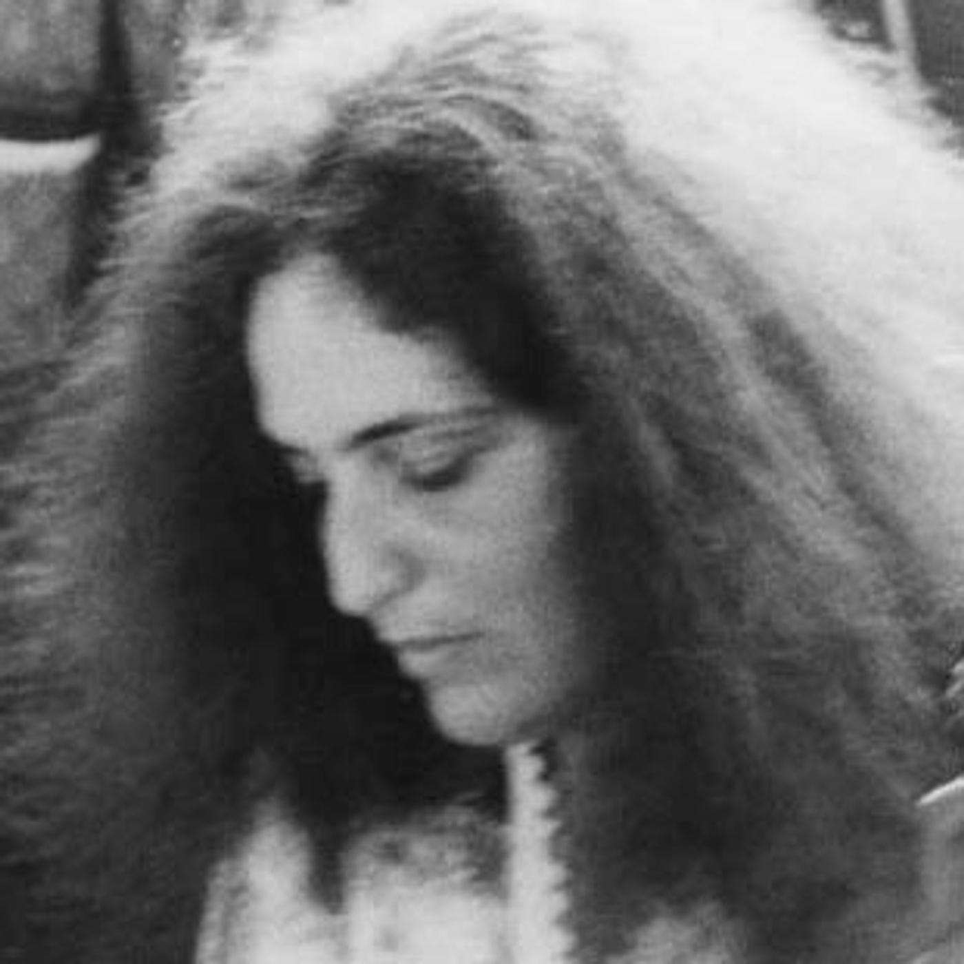 Verna Gillis